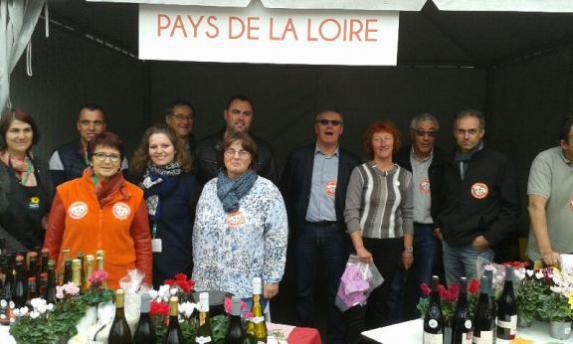 Etats Généraux : la FDSEA 49 et les JA 49 accueillent les consommateurs à Paris